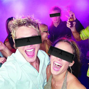 black-bar-glasses