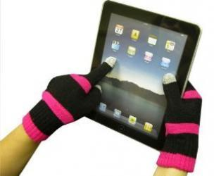 Capacitive gloves that let you use your smartphone