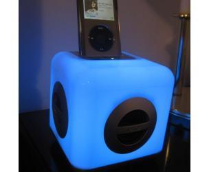 Color Changing iPod Speaker