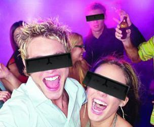 Black Bar Glasses