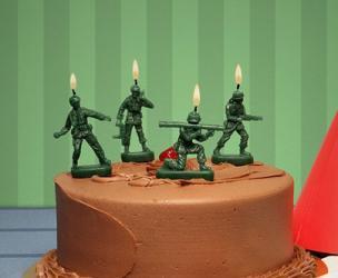 Green Army Men Birthday Candles