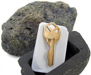 Outdoor Rock Key Holder